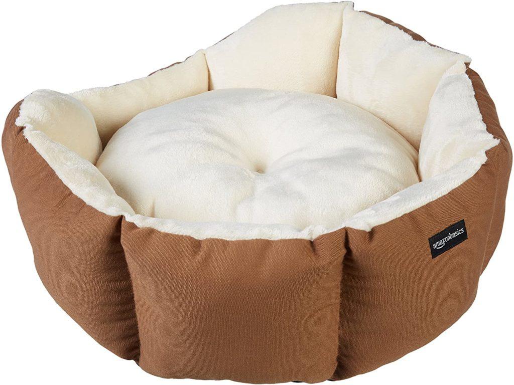 AmazonBasics 20-Inch Calming Pet Bed