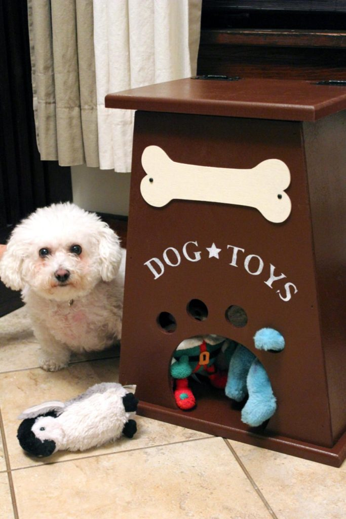 College View Crafts Dog Toy Box