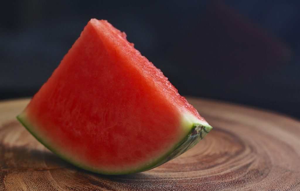 It's best if dogs eat watermelon without seeds
